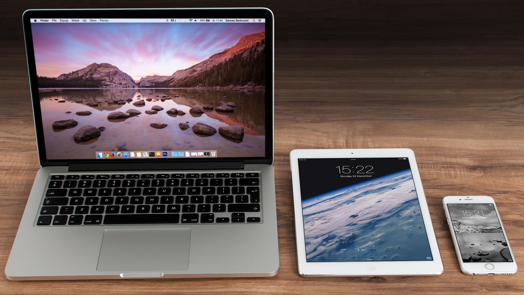 Macbook, iPad & iPhone